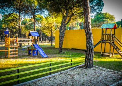 Camping-Riberduero-Zona-infantil