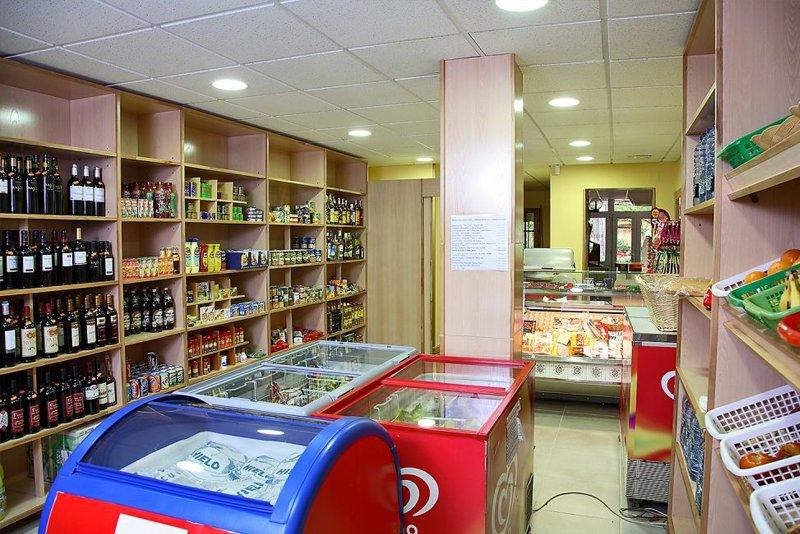 supermercado-camping-astral