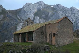 camping-rio-luna-ermita1