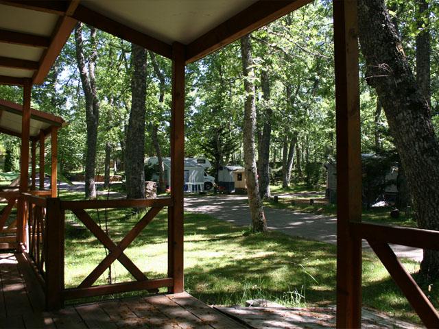 camping-sierra-francia-porche_bw6