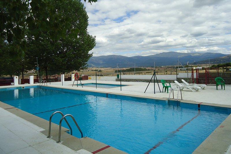 piscina-camping-segovia-1